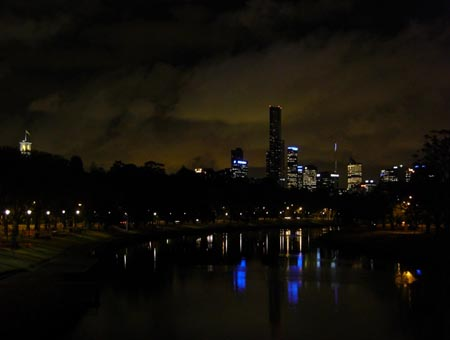 yarra_night2_450x340.jpg